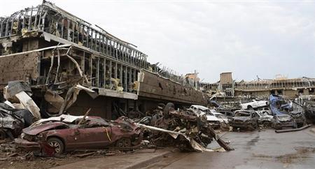 Oklahoma City tornado:オクラホマ州の巨大竜巻で、米大統領が大規模災害宣言を発令。